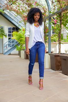 white tee + white blazer + cuffed jeans + pink heels + colorful statement necklace