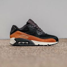 "Nike Air Max 90 ""Pony Hair"""