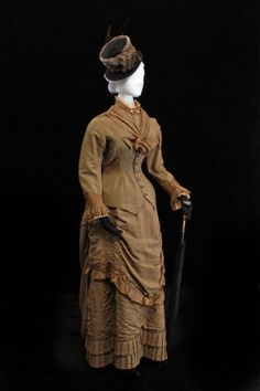 Wedding Dress: pinned with - www. Old Fashioned Wedding Dresses, Antique Wedding Dresses, Wedding Gowns, Vintage Weddings, Wedding Attire, 1880s Fashion, Victorian Fashion, Vintage Fashion, Victorian Era