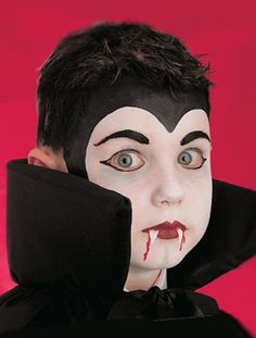 See this great vampire Halloween face paint makeup idea that will impress at any Halloween party. See our other children's face paint ideas. Kids Vampire Face Paint, Kids Vampire Makeup, Vampire Costume Kids, Costume Halloween, Kids Makeup, Halloween Party, Face Makeup, Vampire Bat, Halloween Masks