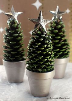 Genius Ways To Reuse Your K-Cups Mini Christmas Tree craft made with pinecones in a terra cotta pot or a K-Cup! Mini Christmas Tree craft made with pinecones in a terra cotta pot or a K-Cup! Pine Cone Christmas Tree, Noel Christmas, Christmas Crafts For Kids, Christmas Projects, Winter Christmas, Holiday Crafts, Christmas Gifts, Xmas Trees, Pine Cone Tree