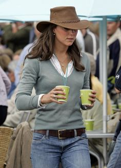 When Kate was just a jeans and floppy hat kind of girl.