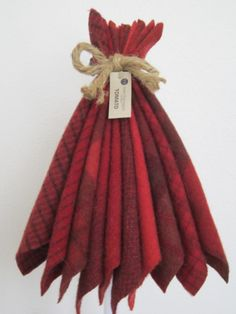 MARY FLANAGAN WOOLENS: Tomato 10 Different by NeedleCaseGoodies