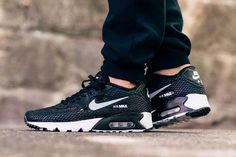 buy online 76724 300d6 NIKE AIR MAX 90 ULTRA BR PLUS QS BLACK GREY WHITE 810170 002