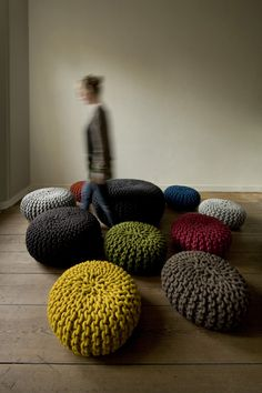 """Urchin Pouf"" by designer Christien Meindertsma for Thomas Eyck. Made from New Zealand wool from one sheep, hand knitted to a pouf in the Netherlands. Available in 3 sizes and 10 colors. Crochet Home, Knit Crochet, Modern Crochet, Knitting Projects, Crochet Projects, Knitted Cushions, Pouf Ottoman, Extreme Knitting, Crafts"