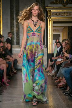 A look from the Emilio Pucci Spring 2015 RTW collection.