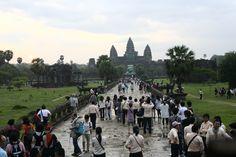 Kambodscha Tourismusindustrie boomt von Falk Werner · http://reisefm.de/tourismus/kambodscha-tourismusindustrie-boomt/ · 2013 besuchten 4,2 Millionen Touristen das kleine Königreich in Indochina, satte 17,5 Prozent mehr als im Vorjahr.