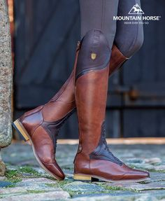 Traditional and timeless, the Sovereign Field Boot offers a more comfortable heels-down position with the unique Mountain Horse® Flexnotch™ Technology. Lining: Smooth full grain leather. Horse Boots, Equestrian Boots, Equestrian Outfits, Equestrian Style, Horse Tack, Equestrian Fashion, Riding Gear, Horse Riding, Riding Boots