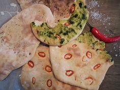 Nanbrød med chili og urter  {Bakemagi.no}