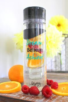 Metabolism Boosting Detox Water (for one 24 oz serving) - 2-3 slices orange - 3-4 raspberries - green tea **For an extra fat flushing effect, instead of water use cold green tea.