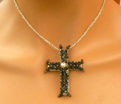 Edle Kreuz Halskette in silber blau mit Rocailles von Schmucktruhe