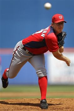 Jordan Zimmerman twirls the Nats first no-hitter on 9/28/14 against the Marlins.
