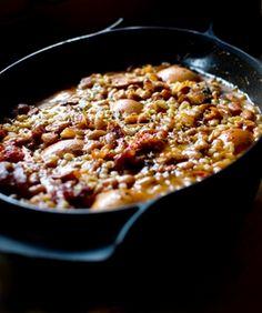 Sólet: autentikusan szombatra készülne, amúgy bármely ráérős napon, és kitarthat egész hétre. Kis mennyiségben nem érdemes főzni. Quinoa, Macaroni And Cheese, Chili, Food And Drink, Tasty, Favorite Recipes, Beef, Meals, Cooking