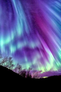 Looking Awesome Sky full of Aurora