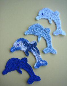 Ripple Rainforest Scarf pattern by Ellie from Hook Yarn Carabiner Crochet Mermaid Tail, Crochet Fish, Cute Crochet, Crochet Baby, Knit Crochet, Crochet Flower Patterns, Crochet Motif, Crochet Flowers, Crochet Stitches