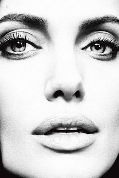 #AngelinaJolie #Actress #Life #Faces #CloseUps #BW