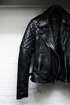 Mens leather jackets. Leather jackets really are a vital part of every  man s set of clothing. Men need to have outdoor jackets for several  circumstances and ... 28486041f6