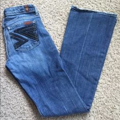 """7 FOR ALL MANKIND FLYNT SLIM BOOTCUT JEANS 26 Flynt Slim Bootcut  Msrp $155.00 Classic Bootcut Silhouette Slim Fit from Top to Bottom Comfortable Rise Zipper Fly Front Rise: 7 1/4"""""""", Back Rise: 11 1/2"""""""" Inseam: 32 1/2"""""""" Leg Opening: 18"""""""" Cotton/Lycra Machine Wash Cold Made in the USA 7 for all Mankind Jeans Boot Cut"""