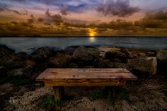 Sit and Relax by Rolando Felizola on 500px
