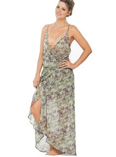 In these summer vacations be irresistibly desired wearing this dress. Have everybody's attention and feel the power of being beautiful. FEATURES Comfortable fit Flowy design V neckline SIZE Small, Medium, Large Summer Vacations, Dresses 2016, Beach Dresses, Neckline, Medium, Fit, How To Wear, Beautiful, Design
