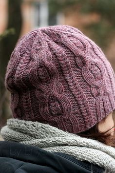 Free Knitting Pattern for Pome Hat - Cable hat by Agata Smektala can be knit slouchy or beanie style. Pictured project by enyo Knitting Patterns Free, Knit Patterns, Free Knitting, Free Pattern, Knit Crochet, Crochet Hats, Crochet Beanie, Knitting Accessories, Knitting Yarn