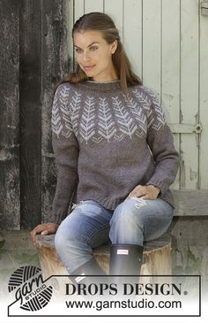 Inner Circle / DROPS - Free knitting patterns by DROPS Design, Inner Circle / DROPS - Knitted pullover with round yoke in DROPS Karisma or DROPS Merino Extra Fine. Knitting Patterns Free, Knit Patterns, Free Knitting, Free Pattern, Knitting Ideas, Drops Design, Drops Karisma, Fair Isle Knitting, Girls Sweaters