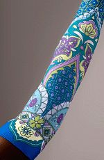 LympheDIVAs Arm Sleeve by LympheDIVAs.  Would prefer the Magnolia 30-40 compression and matching gauntlet.