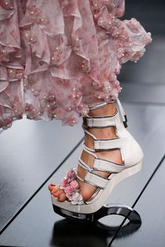 Alexander McQueen Shoes or Art? High Heels SS 2015 #McQueen #Shoes #ArtShoes