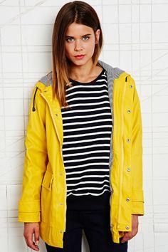 Petit Bateau raincoat in yellow x stripes - Classic!