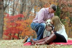 Family photo with the dog! Wonderful job by @kjadeb at Old Door Photography by Kurstin