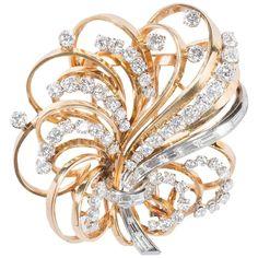 Boucheron 18 Carat Gold Platinum and Diamonds' Brooch-Pendant. Sea Glass Jewelry, Gemstone Jewelry, Diamond Jewelry, Gold Jewelry, Fine Jewelry, Aquamarine Jewelry, Crystal Jewelry, Jewelry Art, Jewlery