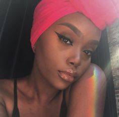 Im not dark skin but I swear dark chocolate skin is to die for they are so radiant beautiful and there skin just glows and shine and is so clear with out even trying like omg I need that Stay beautiful and slay to all my chocolate followers .To all my followers in general