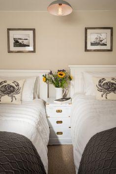 Stylish twin bedroom