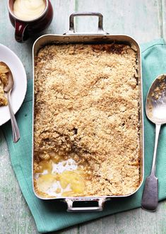 Soft fruit and a crumbly top make this traditional autumnal pud. Apple Recipes, Baking Recipes, Sweet Recipes, Baking Ideas, Just Desserts, Delicious Desserts, Dessert Recipes, Dessert Ideas, Good Food