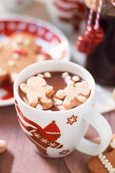 «9 persone su 10 amano il #cioccolato. La decima mente» (John Tullius)  Una tazza di cioccolata calda con zucchero Mascobado: l'hai mai provata bio? http://www.ecomarket.eu/prodotti-bio-1/caffe-cacao-te-e-tisane/cacao-bio.html