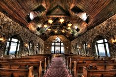 Glassy Mountain Chapel by joey_foto, via Flickr.    I'm really loving this place, and it's not that far.