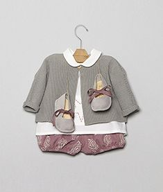 Look-19 Baby Clothes Patterns, Clothing Patterns, Toddler Outfits, Kids Outfits, Moda Blog, Baby Couture, Fashion Branding, Baby Wearing, Kids Wear