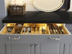 The Inside Scoop on IKEA's New Kitchen Cabinet System: SEKTION