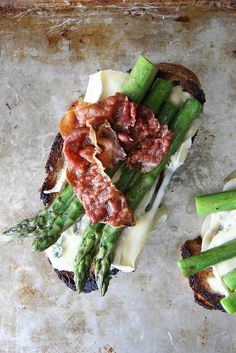 Asparagus, Crispy Prosciutto and Brie Tartines