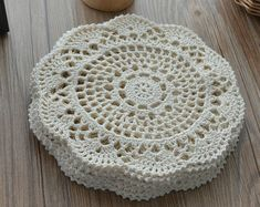 Dozen French Country White Round Hand Crochet Lace Doilies Lot in bulk Rustic Wedding Table Runners Party Coasters DreamcatchersSet of 12 pieces nice hand crocheted doilies for your home,partry or elegant wedding decor. cotton Size:about 8 inches 1 dozen Crochet Placemats, Crochet Doily Patterns, Crochet Motif, Crochet Doilies, Crochet Flowers, Hand Crochet, Crochet Baby, Cotton Crochet, Thread Crochet