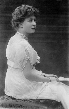 Her Royal Highness Princess Mary, Princess Royal, Countess of Harewood (1897-1965)