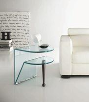 Mesa auxiliar moderna de vidrio