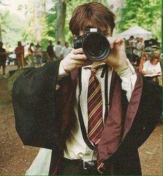 Daniel Radcliffe - bts of Harry Potter Harry James Potter, Harry Potter Tumblr, Estilo Harry Potter, Arte Do Harry Potter, Harry Potter Pictures, Harry Potter Cast, Harry Potter Characters, Harry Potter Universal, Harry Potter Fandom