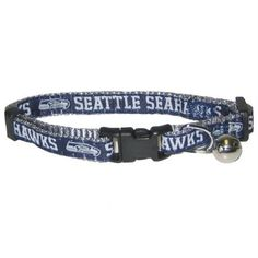 Get your officially licensed NFL collar for your cat! This breakaway cat  collar is made f257f87f5