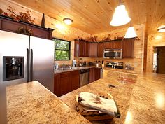 Gatlinburg Tennessee resort  cabin in the Gatlinburg Arts and Crafts community.