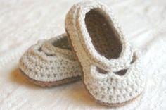 CROCHET PATTERN 109  Crochet Baby Booties Pattern  PDF