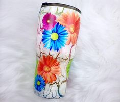 Flower Daisy Bright Neon Crackle White Ombre Ombré Stainless Steel Tumbler Personalized Custom Chrome Tumbler Cup HOGG Colors Glitter Tumblers, Glitter Cups, Yeti Brand, Decals For Yeti Cups, Daisy, Christmas Tumblers, Cup Crafts, Opal Color, Tumbler Designs