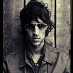 Richard Paul Ashcroft. Music Is Life, My Music, The Verve, Paul Weller, Lucky Man, Britpop, Band Photos, Chris Cornell, Theme Song