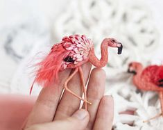 Bright flamingo textile art brooch with feathers #embroidery #flamingo #polalab #stumpwork