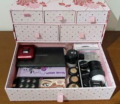 Makeup Tips, Beauty Reviews, Tutorials | Miss Natty's Beauty Diary Blog: Storage ideas for your makeup!